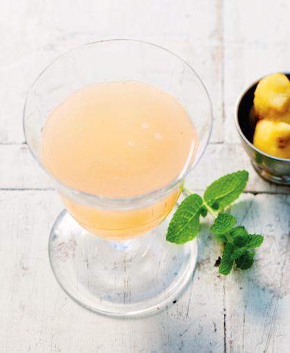 Имбирный чай с грушей