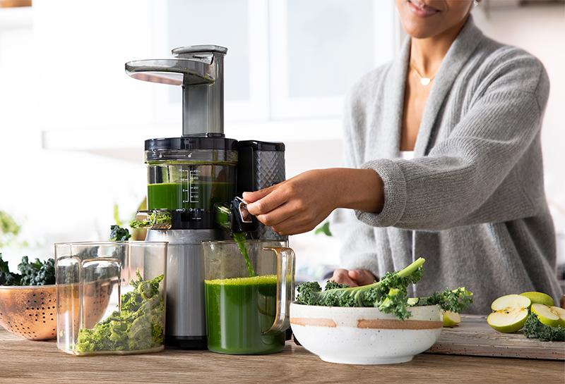 Приготовление сока из зелени