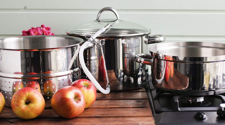 Как приготовить яблочный сок на соковарке