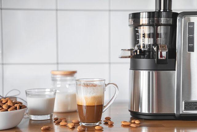 Орехово-кофейный напиток от Hurom